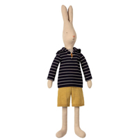 Rabbit size 5, Sailor