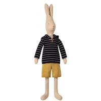 Rabbit size 5, Sailor