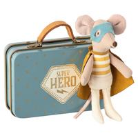 Superhjältemus i resväska