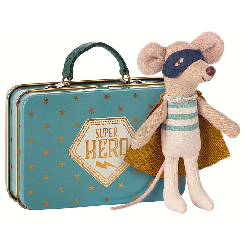a12891x.jpg - Superhjälte mus i resväska - Elsashem Butiken med det lilla extra...