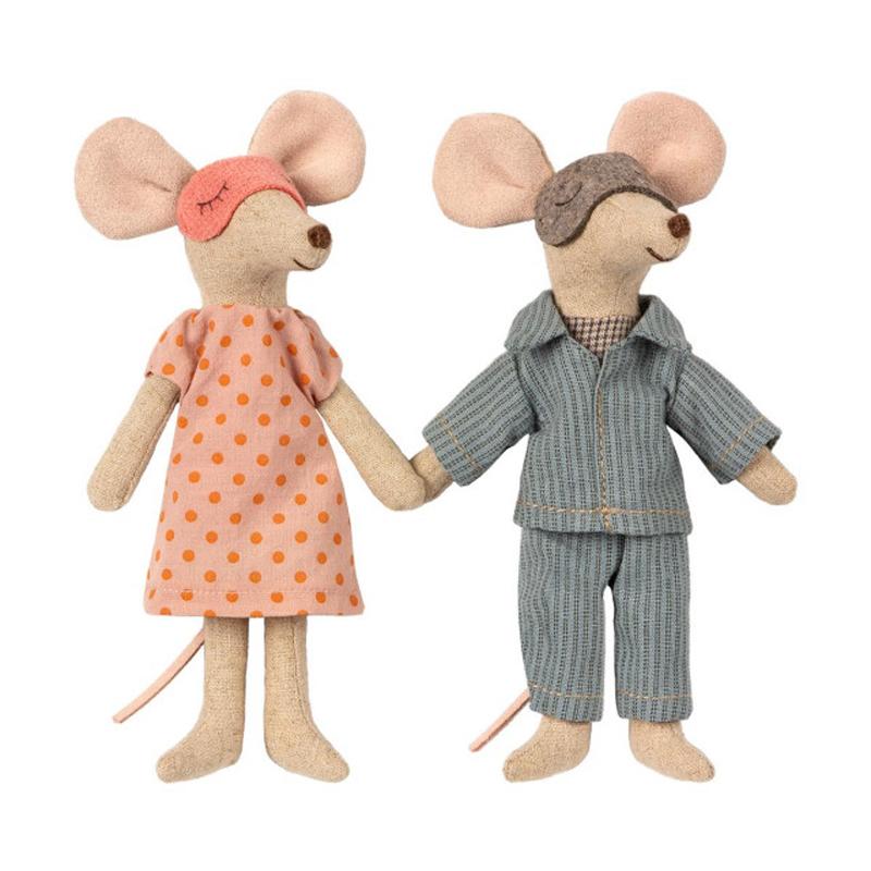 a13815-3x.jpg - Mum & dad mice in cigar box - Elsashem Butiken med det lilla extra...