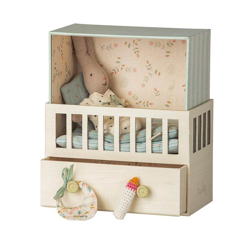 a14448x.jpg - Baby room w. Micro rabbit - Elsashem Butiken med det lilla extra...