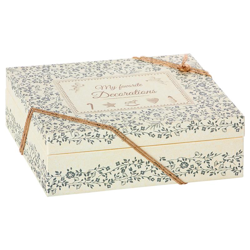 a14697x.jpg - Christmas Decoration Box, High - Elsashem Butiken med det lilla extra...