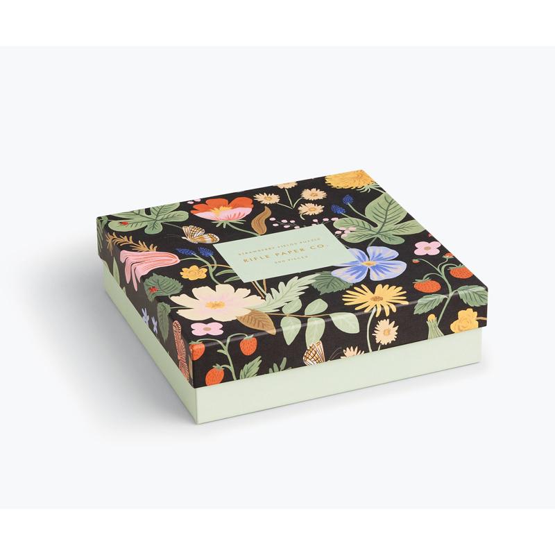 a14717x.jpg - Strawberry Fields Jigsaw Puzzle - Elsashem Butiken med det lilla extra...